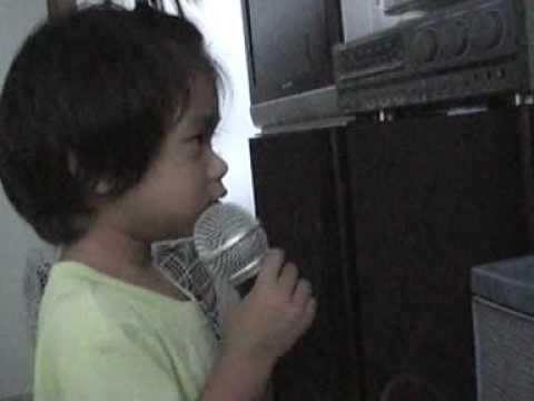 อันนาร้องเพลงค่ะ
