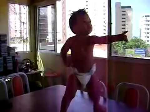 เด็กบราซิล เต้นเหมือนผู้ใหญ่เลย
