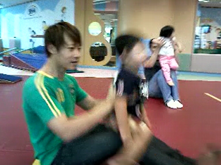 Taipei and daddy in Gym class