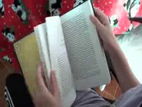 พลอยชมพูอ่านหนังสือ 3 ภาษา 07.06.11