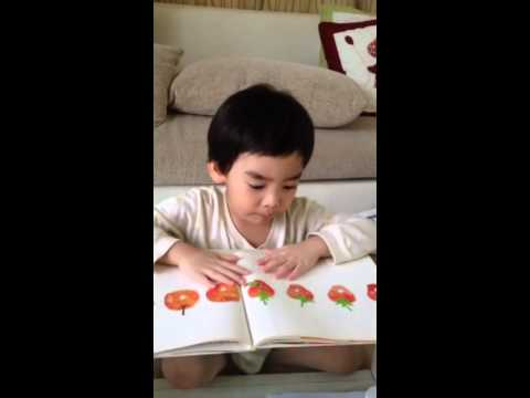 "Smart read book ""the very hungry caterpillar""#cute##~#"