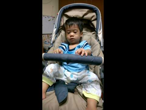 Sami @ 1.7 yr. Action with Mommy # English Version (15-05-2015)