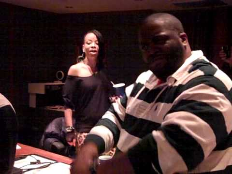 """Killer Mike Previews """"Go Out On the Town"""" Ft Jeezy (In Studio)"""
