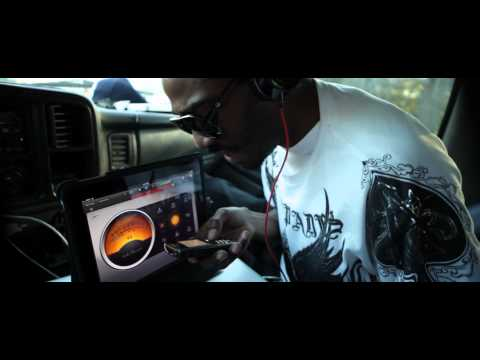 IPAD  W/ GARAGEBAND RECORDING LIVE-K.O.KONFUSION( dir by: JOE DIRT
