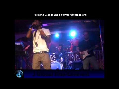 "Sage Performs ""Flock On Me"" at Sobe Live.wmv"
