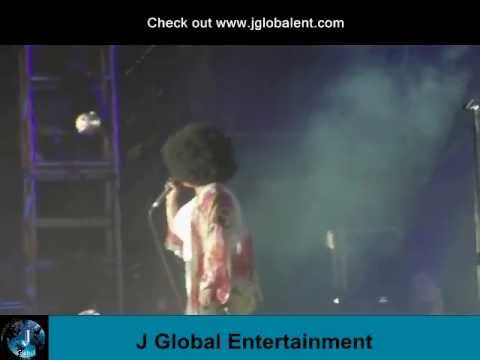 """Jill Scott Performs """"Love Rain"""" Live.wmv"""