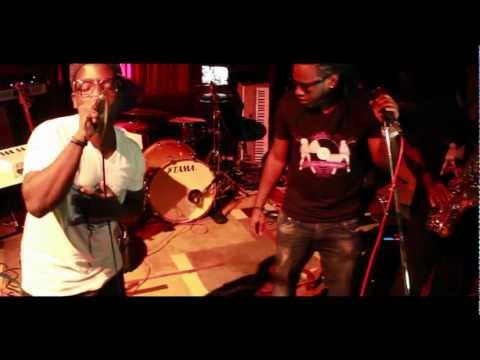 "Defyne Entertainment Presents: Anthem - Performing "" Acquainted "" At Rough Draft"