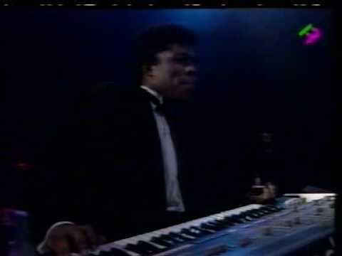 Barry White Live in Paris 31/12/1987 -w/Emmett North Jr on Guitar Part 6 - Sho' You Right