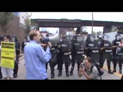 Luke Rudkowski schools NWO Troopers @ G-20 on Constitution