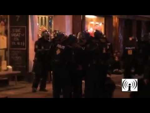 917 arrests, Danish police rape democracy 1/4 - COP15 Climate demo Copenhagen 12th December 2009.mp4
