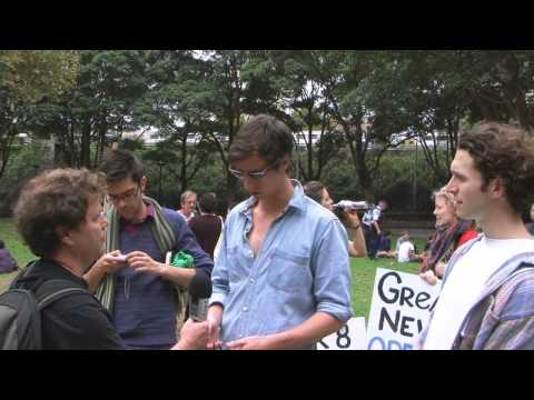Duelling Carbon Tax Rallies in Sydney - 2nd April 2011
