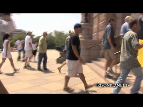 Texans Revolt Against TSA Tyranny, Storm Capitol
