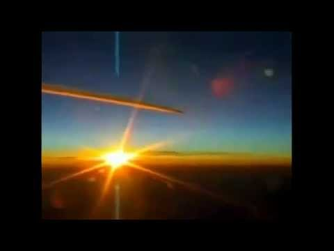 TOP SECRET Mission - Chemtrail Pilots SPRAYING SOMETHING RED!!! Appear In Air Without ATC's knowledge!!
