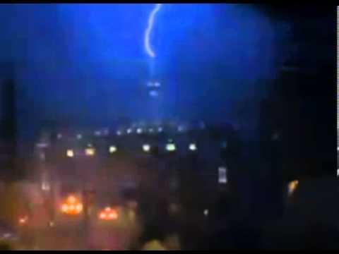 Lightning Strikes St Peter's Basilica as Pope Resigns 2013