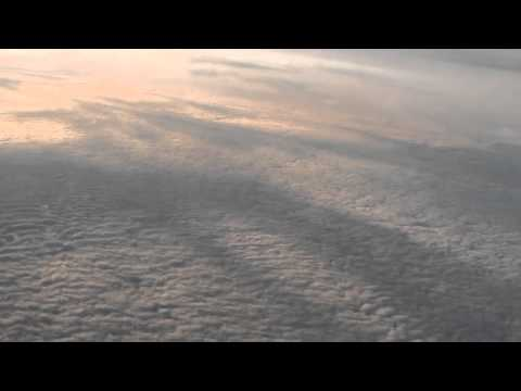 Unfathomable Chemical blankets Smother The Earth-Mackerel Chemclouds from 40,000 ft.