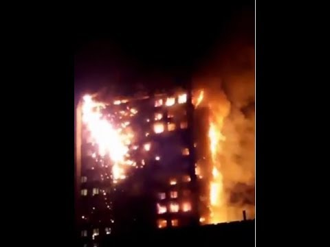 #BREAKING Massive 24 storey Grenfell Tower block fire in West London on Latimer Road #LONDONFIRE
