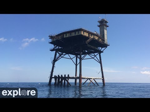 LIVE Webcam: Frying Pan Tower, 34 miles off the coast of Cape Fear, NC. Direct target of Hurricane Florence