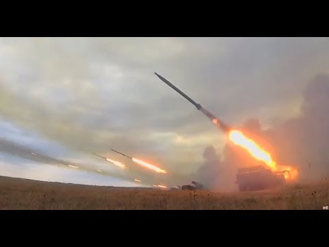 War games: Russia's self-propelled multiple rocket launcher system in action - Damn! Now *THAT'S* Impressive!