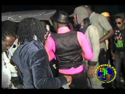 """CHEKKAZZ PARTY """"CLEAN TO MI STEP"""" JAN O8 2011.. CHEKKAZZ NEW DANCE MOVE STAR BWOY!!"""