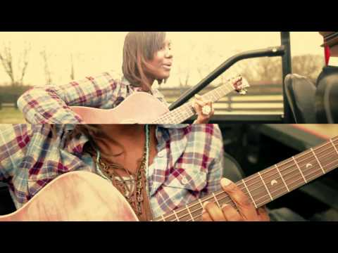 Jamie Grace - Hold Me featuring tobyMac (Official Music Video)