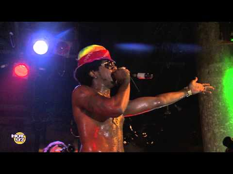 Trinidad James Performs 'All Gold Everything' x '$outh$ide' x 'One More Molly' & More At SOB'S [VID…