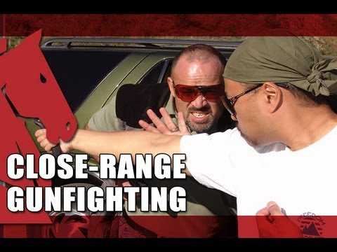 How to Draw and Shoot While Engaged in Close-Range Combat   CLOSE-RANGE GUNFIGHTING