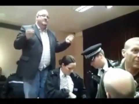 FREEMAN ARRESTS CORRUPT DECEITFUL FREEMASON TRAITOR JUDGE (Birkenhead, UK 7th March 2011)