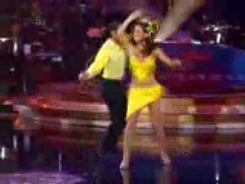 Jackie Garcia bailando guaracha