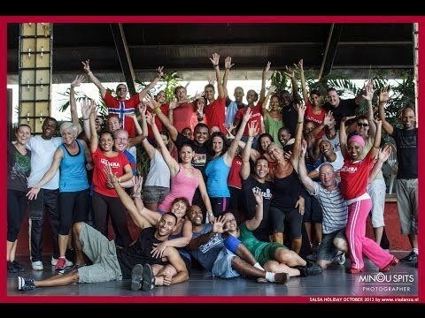 Small moment during Salsa classes of viaDanza salsa dance holidays to Havana & Trinidad in Cuba