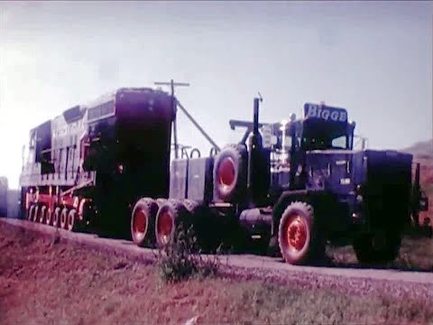 Southern Pacific SD-9 Diesel Locomotive Recovery - 1979 Educational Documentary - WDTVLIVE42
