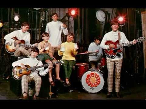 "The Cowsills sing ""We Can Fly"" (Italian Version)"