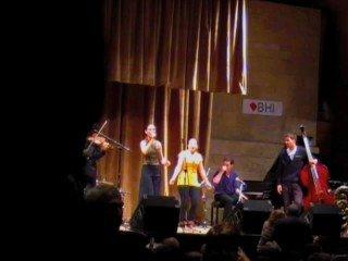 Ot Azoj klezmer Band in Buenos Aires - Ale brider