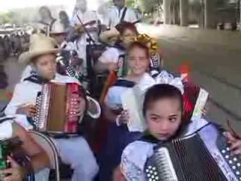 Artistas de Acordeon - Houston Accordion Performers 9-14-13