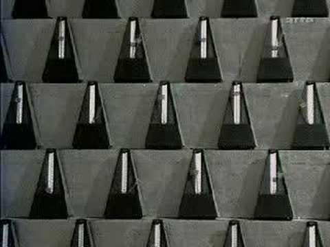 ¡¡¡CUIDADO CON NO PERDER A SATURNO!!! György Ligeti - Poème Symphonique For 100 Metronomes