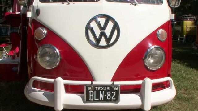 Lou's 66 Bus