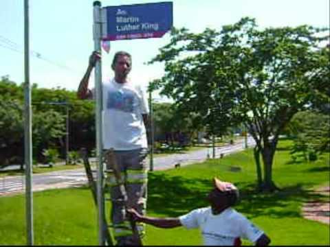 Recolocação da Placa Av. Martin Luther King na Unicamp