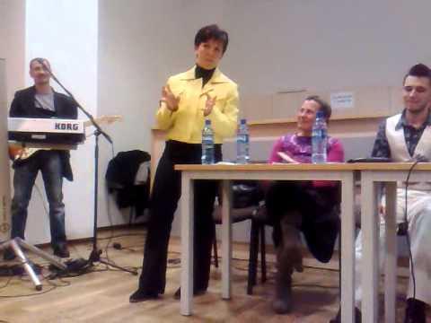 """Lansare de carte """"Simtamant imbatat in cuvant"""" autor Bogdan Turcu, lansare acompaniata de muzica folk si colinde, autor si interpret Nick Iosub"""