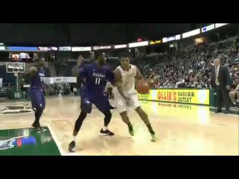 Lavon Long handles like a pg with superior vision