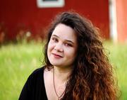 Tarra Bystrom
