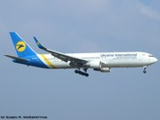 UR-GEB Ukraine International Airlines Boeing 767-33A(ER)(WL) EDDM