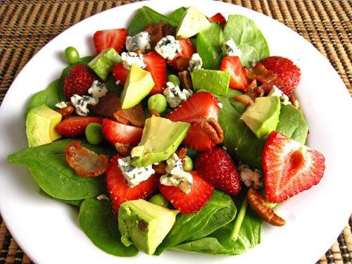 marwyvis salata | martskvis salata | marwyvi | namcxvrebi | tkbileuli qwellynaria | qvelinaria | recepti | momzadeba | namcxvris momzadeba | ნამცხვრები | ნამცხვრის მომზადება | მარწყვის სალათა | ქველინარია | მარწყვი