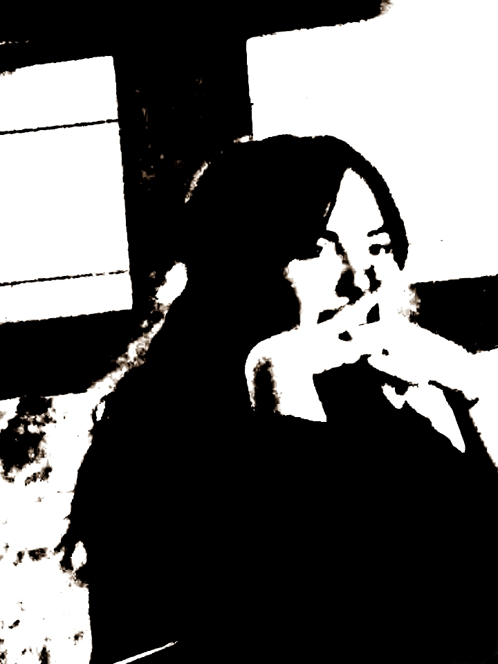 ilia_elizbarashvili, poetry, qwelly, დედოფალი, ვარდი, ზეცა, თანამედროვე პოეტი, ილია ელიზბარაშვილის პოეზია, ილია_ელიზბარაშვილი, ილო, ინანთეული, ლექსი, პოეზია, პოეტი, სარკმელი, სასახლე, სასუფეველი, სინაზე, სურნელი, ქველი, ღვთიური_ოაზისი