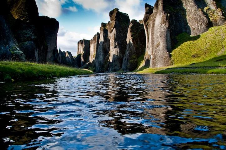 Fjaðrá, Fjaðrárgljúfur, Iceland, brook, canyon, earth, glacier, qwelly, river, rock, დედამიწა, ისლანდია, ისლანდიის კანიონი, კანიონი, კლდე, მდინარე, მყინვარი, ნაკადული, ოკეანის ხეობა, ხედი