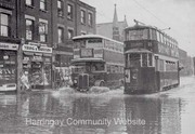 Green Lanes - Flood 1937 - looking NE to Junction with Allison Rd