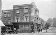 Turnpike Lane circa 1905 - Unwin Arms and Haringey Grove