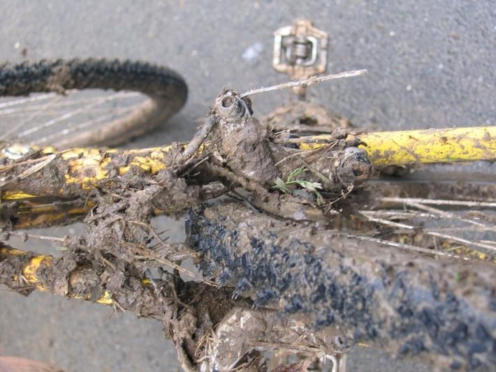 peak season mud on brakes