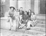 AfricanAmericanWomensPressGroup1945