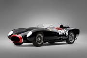 1957_Ferrari_250_Testa_Rossa_front_view