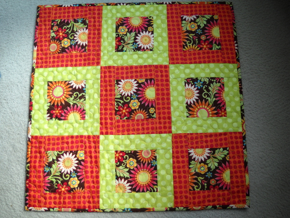 Lots O' Blooms table topper