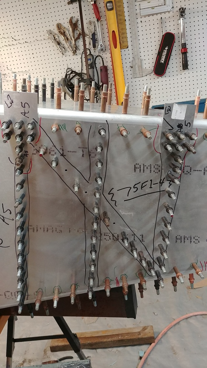 Rear Fuselage Elevator mounting box - resized